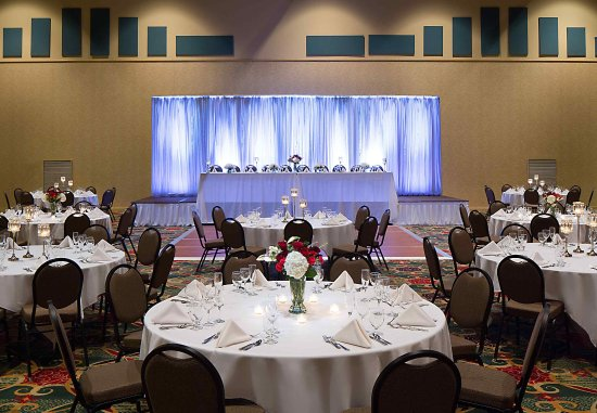 Madison Marriott West : Wedding - Reception Setup
