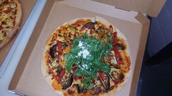Bundall, Australia: Grilled Vegetables, Feta & Rocket Pizza
