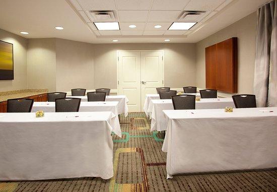 Ridgeland, MS: Turner Meeting Room   Classroom Setup