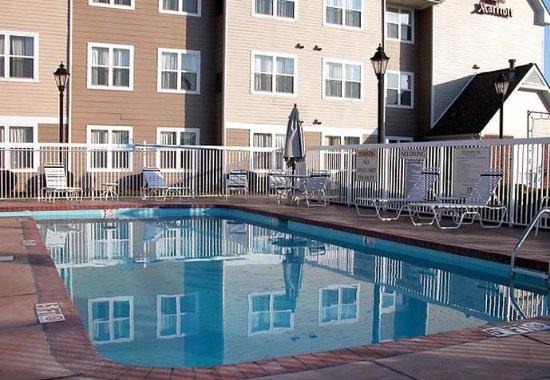 Rocky Mount, Carolina del Norte: Outdoor Pool