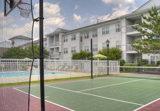 Residence Inn Wilmington Landfall: Sport Court