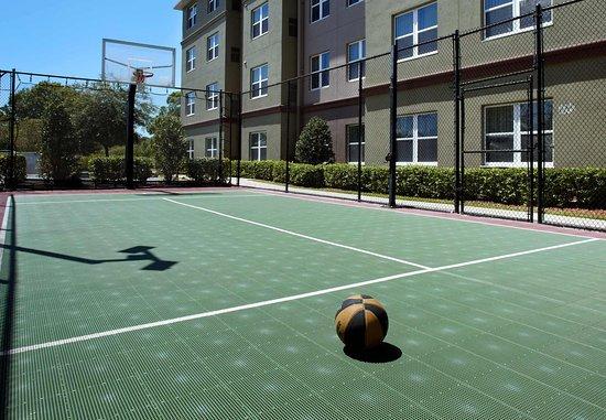 Oldsmar, FL: Sport Court