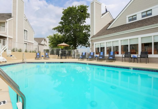 Sharonville, OH: Outdoor Pool