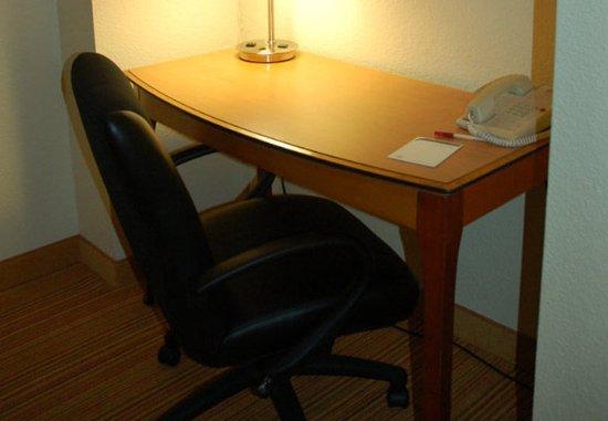 San Mateo, Californië: Deluxe Penthouse Suite Work Area