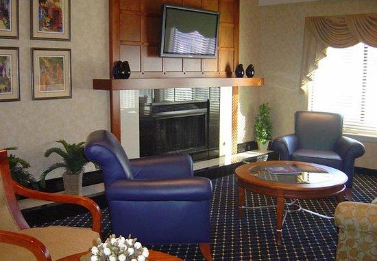 Сан-Матео, Калифорния: Fireplace Lounge