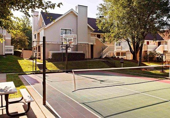 Residence Inn Winston-Salem University Area: Sport Court