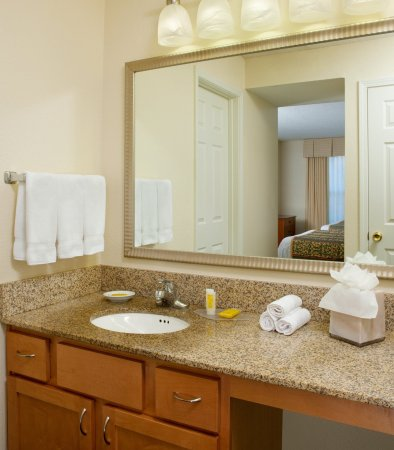 residence inn kansas city downtownunion hill guest bathroom vanity - Bathroom Cabinets Kansas City