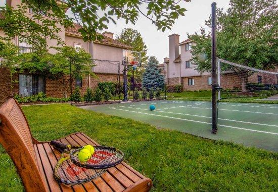 Residence Inn Herndon Reston: Sport Court