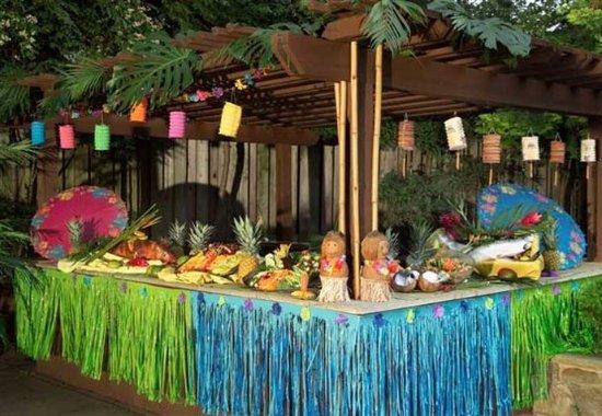Plainview, NY: Hawaiian Party