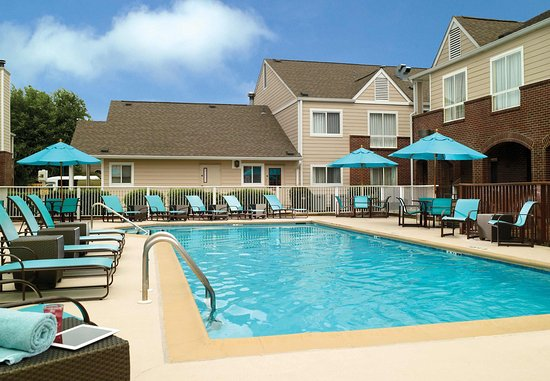 Residence Inn Montgomery: Outdoor Pool