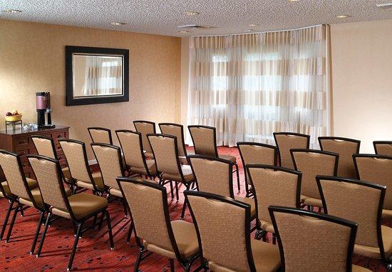 Residence Inn Montgomery: Meeting Room