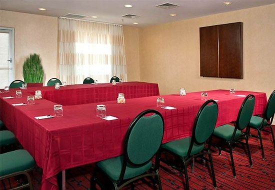 Residence Inn Annapolis : Meeting Space