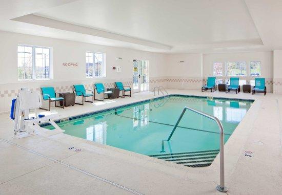 Norwood, MA: Indoor Pool