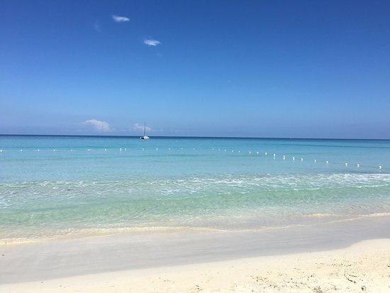 Rondel Village : Beach
