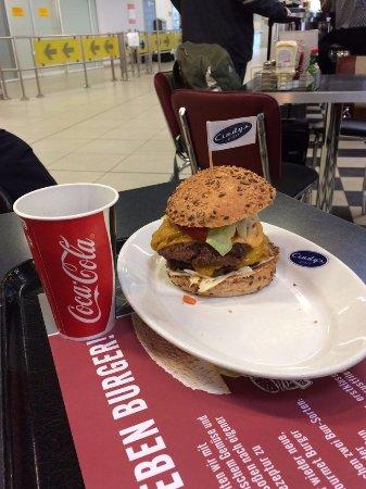 Mövenpick : American Super Burger