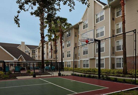 Residence Inn Orlando East/UCF Area: Sport Court