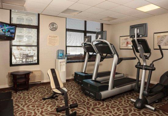 New Rochelle, NY: Fitness Center