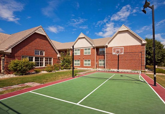 Louisville, CO: Sport Court