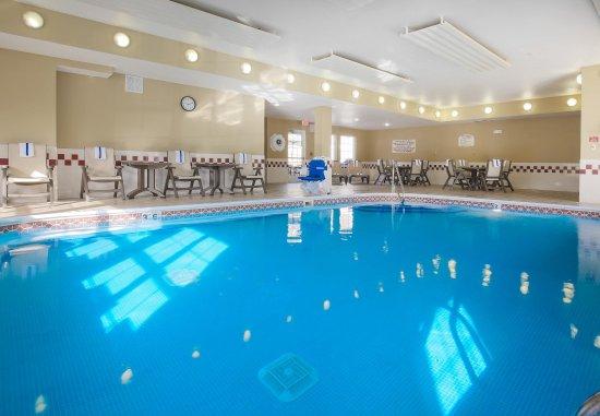 เดปต์ฟอร์ด, นิวเจอร์ซีย์: Indoor Pool
