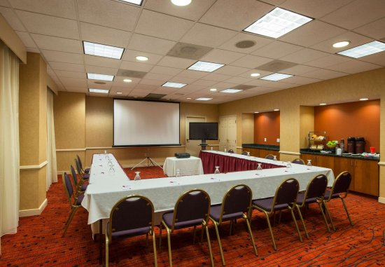 Framingham, MA: Meeting Room