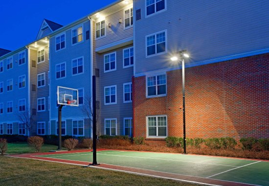 Stanhope, NJ: Sport Court