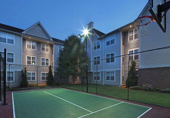 Residence Inn Southington: Sport Court