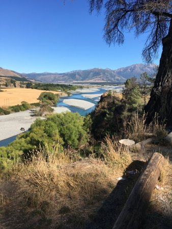 The road to Hanmer Springs