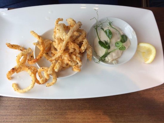 Cookham, UK: Salt and Pepper Squid (Starter)