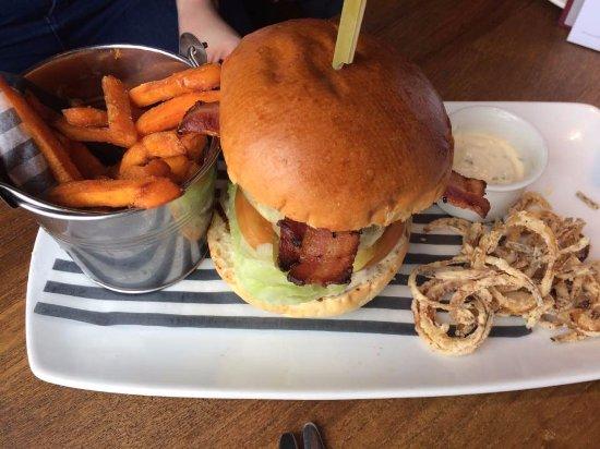 Cookham, UK: Wagyu Beef Burger (Main)