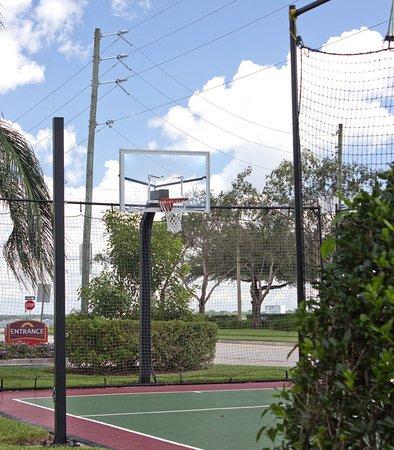Sebring, FL: Sport Court