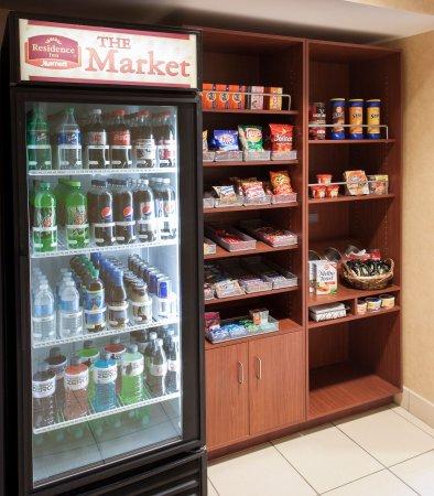 Rogers, AR: The Market