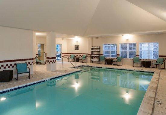 Rogers, AR: Indoor Pool