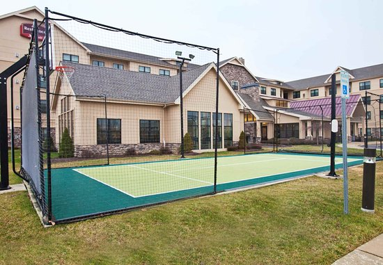 Dover, DE: Sport Court