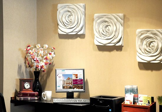 Holtsville, Estado de Nueva York: Business Center