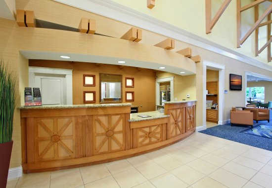 Residence Inn Cape Canaveral Cocoa Beach: Front Desk