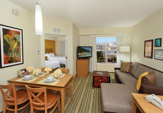 Residence Inn Cape Canaveral Cocoa Beach: Queen/Queen Suite