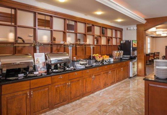 Dulles, Вирджиния: Complimentary Breakfast Buffet