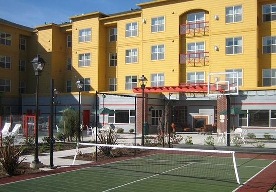 Residence Inn Portland North Harbour: Sport Court