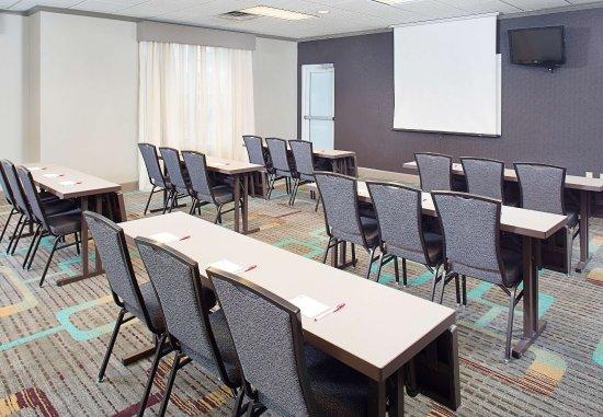 Residence Inn Detroit Livonia: Meeting Room   Classroom Setup