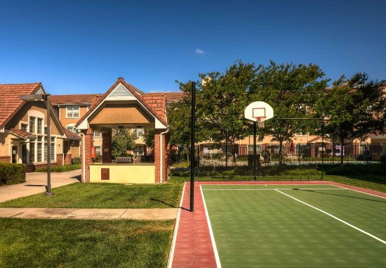 Residence Inn San Jose South: Sport Court