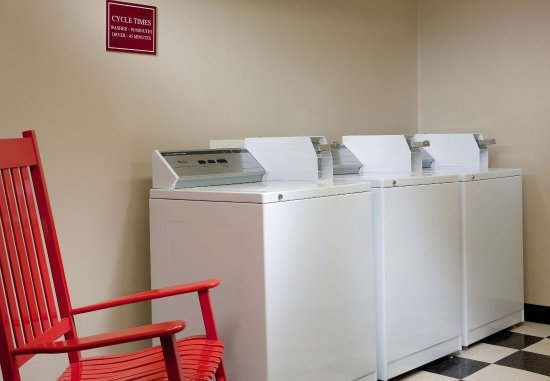 College Station, TX: Laundry Facilities