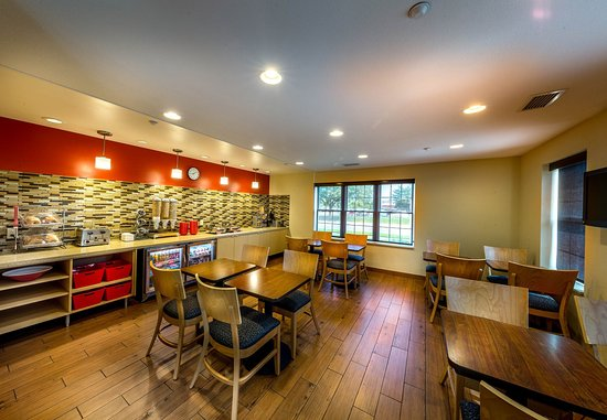 TownePlace Suites Minneapolis-St. Paul Airport/Eagan: Breakfast Dining Area