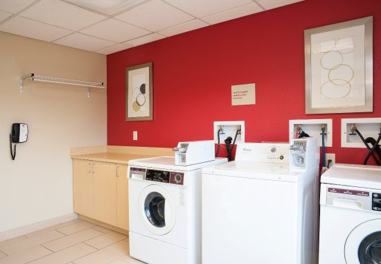 Johnston, IA: Guest Laundry Facilities