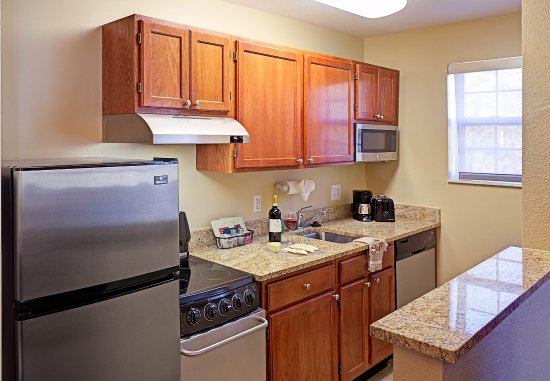 Annapolis Junction, MD: Two-Bedroom Suite - Kitchen