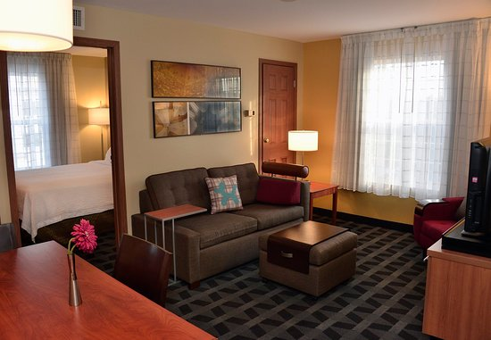 East Lansing, MI: Two Bedroom Suite - Living Space