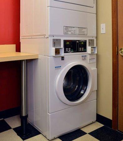East Lansing, MI: Guest Laundry