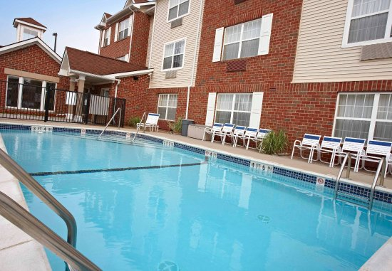 Sterling Heights, Мичиган: Outdoor Pool
