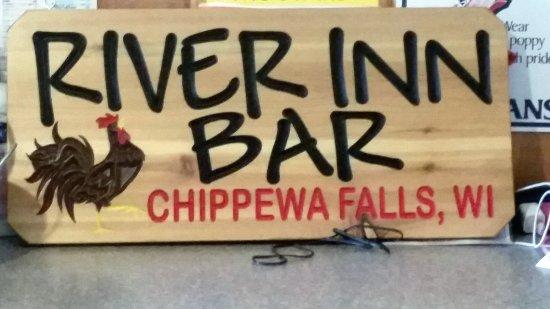 Chippewa Falls, Wisconsin: River Inn Bar
