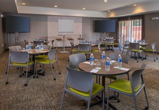 Херндон, Вирджиния: Meeting Room