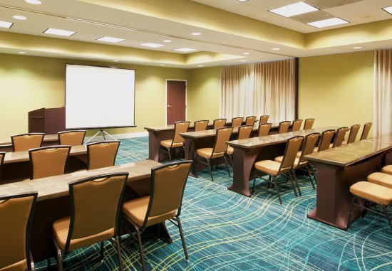 SpringHill Suites Baltimore BWI Airport : Meeting Room - Clasroom Setup